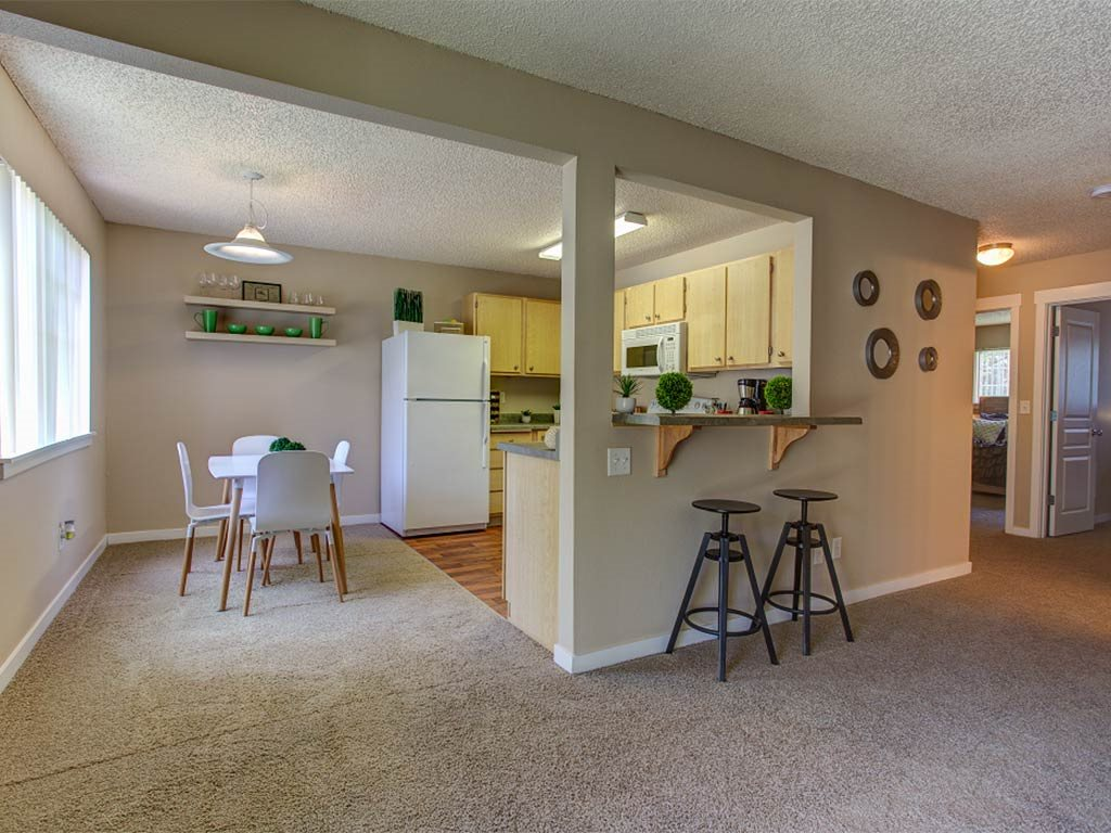 Living Room and Breakfast Bar at Commons at Timber Creek, Portland, 97229