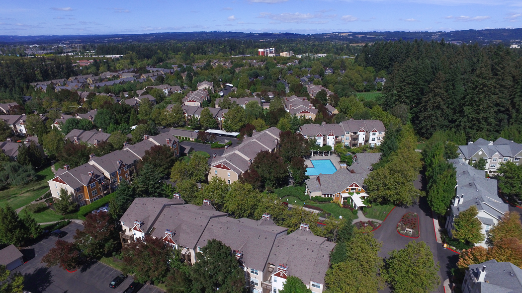 Hillsboro Apartments for Rent-Commons at Verandas