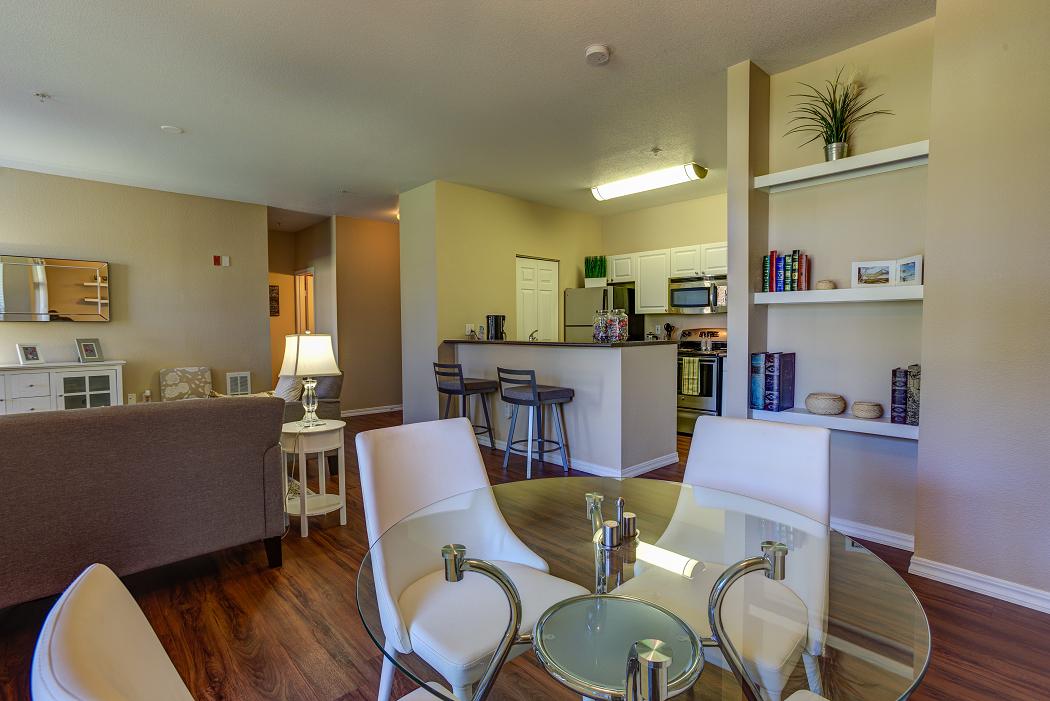 Hillsboro Apartments Near Tanasbourne, Commons at Verandas