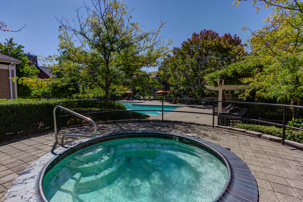 Hillsboro Apartment Rentals, Commons at Verandas
