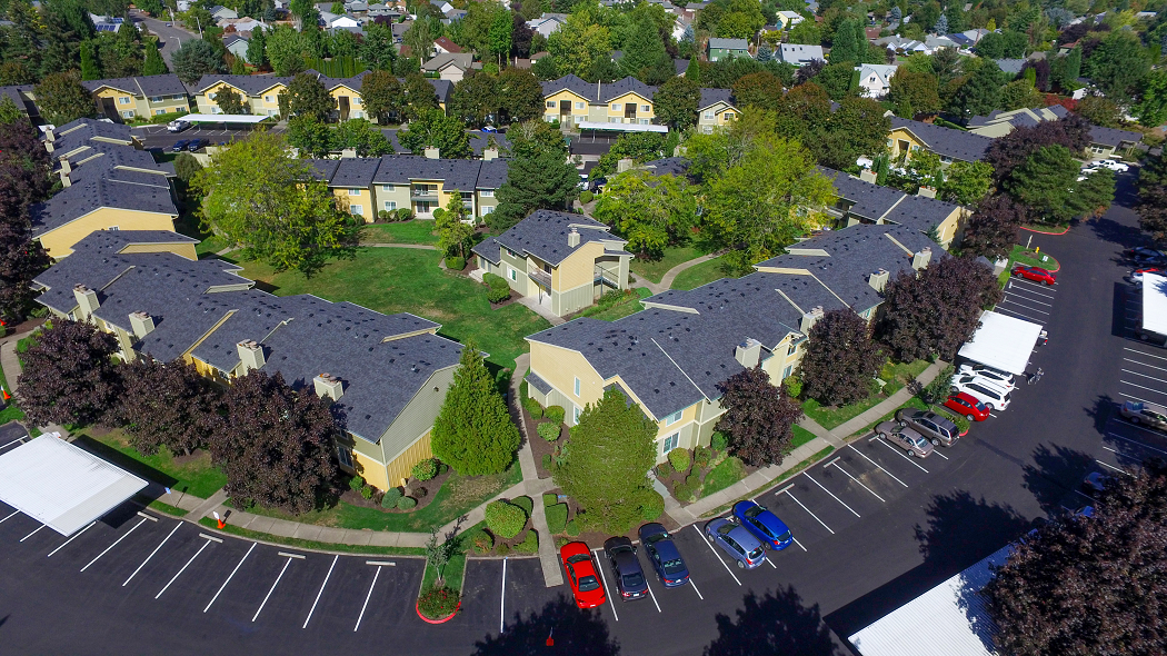 Commons at Hawthorn Village Apartments Hillsboro Oregon