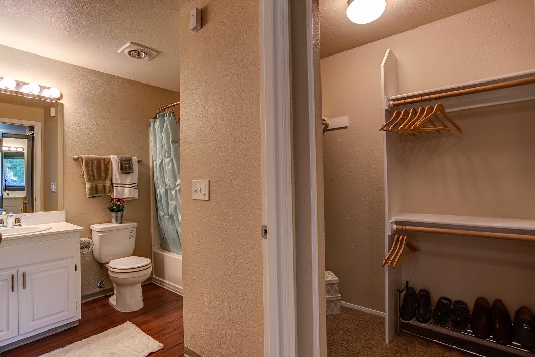 Commons at Dawson Creek Luxury Apartment in Hillsboro