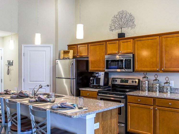 Delaware OH Apartments Rentals Redwood Preserve At Quail Pass Kitchen
