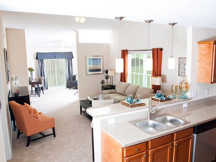 Newark OH Apartments Rentals Redwood River Trails Kitchen