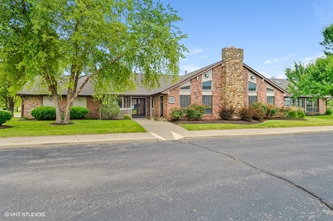 Beautiful Brick Construction, at Suncrest Apartment Homes, 1135 Suncrest Circle, IN