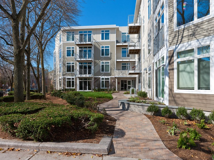 Premier Apartment Community at 7 Cameron, Massachusetts