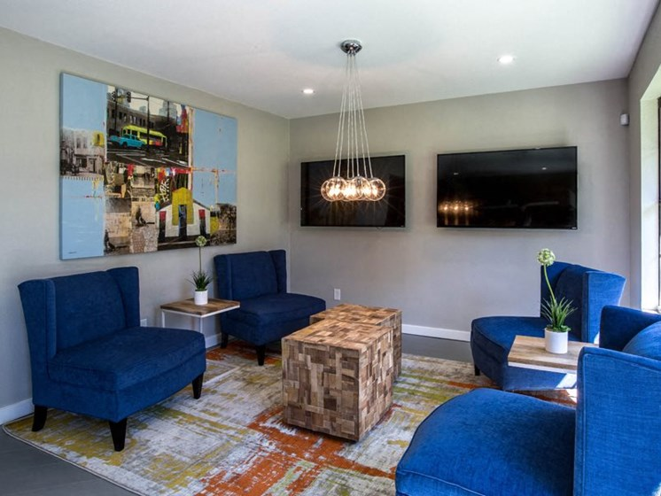 Living Room With TV at Balcones Club, Texas, 78750
