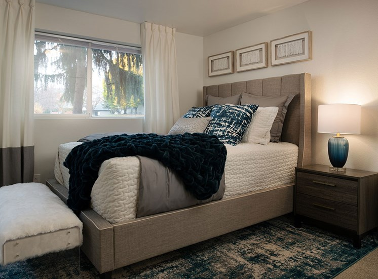 Spacious Bedroom With Comfortable Bed at Edgewater Apartments, Boise, Idaho