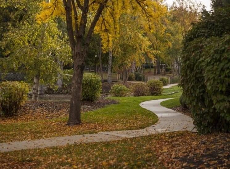 Walking Trail at Edgewater Apartments, Boise, Idaho