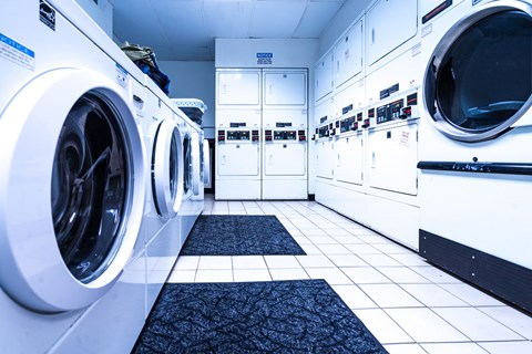 Laundry Room with Washers and Dryers at 14 West Elm Apartments, Chicago