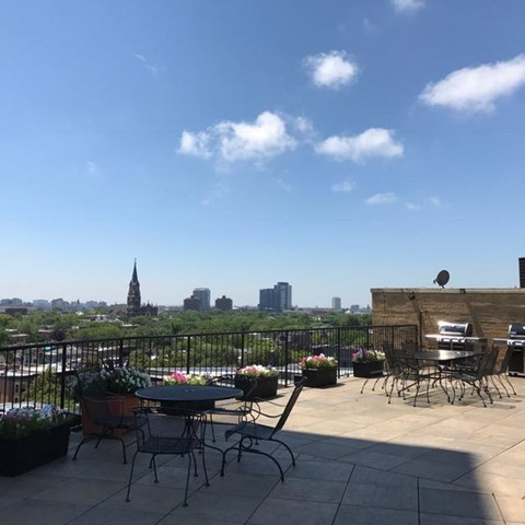 Rooftop Entertainment Area at Park View Apartments, Chicago, IL