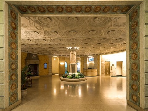 Lobby at Park View Apartments, Chicago, IL