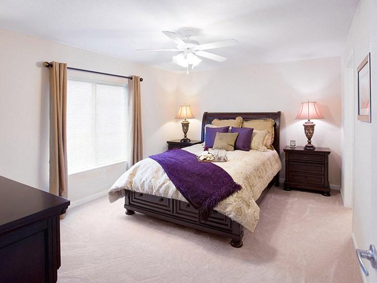Wooster OH Apartment Rentals Redwoodmilltown Villas Master Bedroom