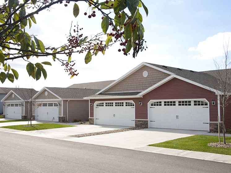 Wooster OH Apartment Rentals Redwood Cottagewood Side Units