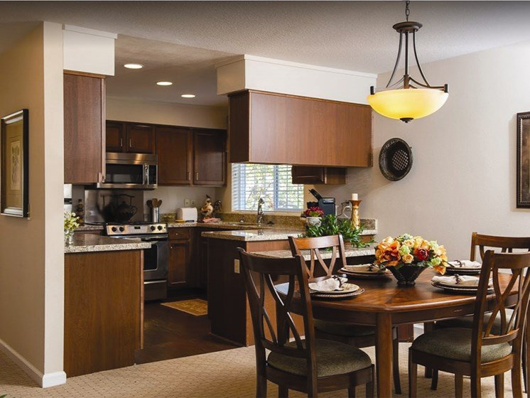 Fully Equipped Kitchens And Dining at Lakeview Senior Living, Lincoln City, Oregon