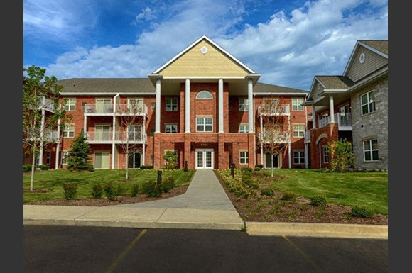 Resort Style Community at Highlands at Riverwalk Apartments 55+, Mequon, WI,53092