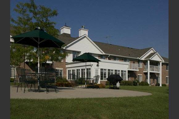 Private Cabanas at Foresthill Highlands Apartments & Townhomes 55+, 8930 West Highland Park Avenue, Franklin, WI 53132
