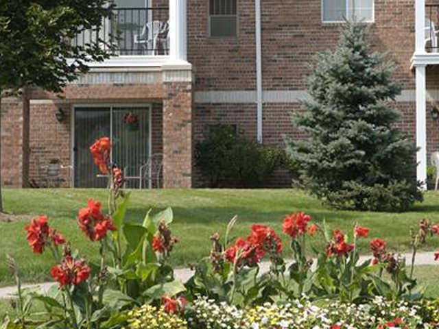 Gardens available at Ridgeview Highlands Apartments & Townhomes,Wisconsin,54911