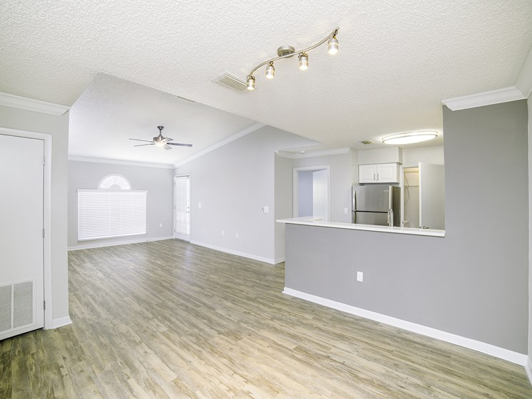 Vaulted Ceilings at Lincoln Pointe, Aventura, FL