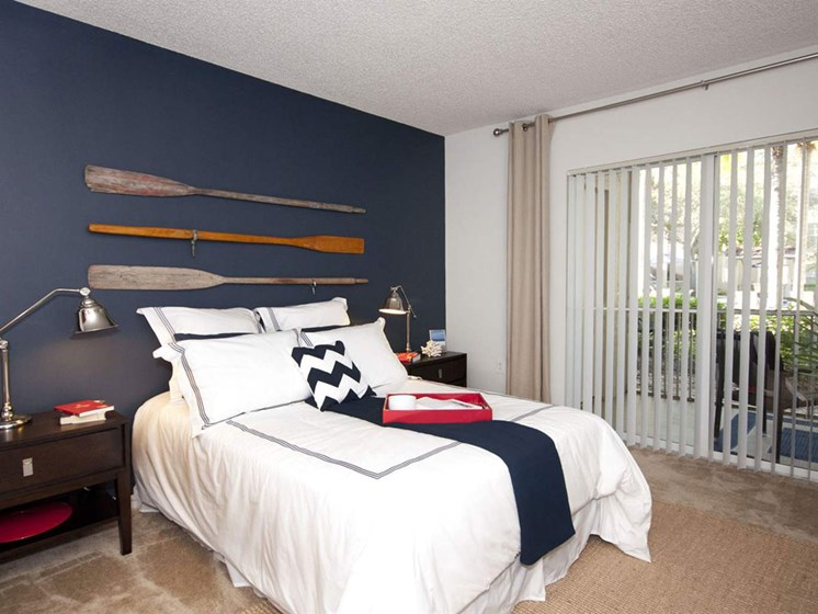 Beautiful Bright Bedroom at Lincoln Pointe, Aventura, Florida