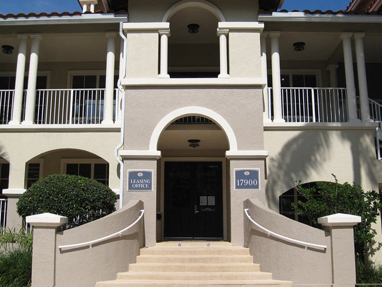 Best Amenities at Lincoln Pointe Apartments
