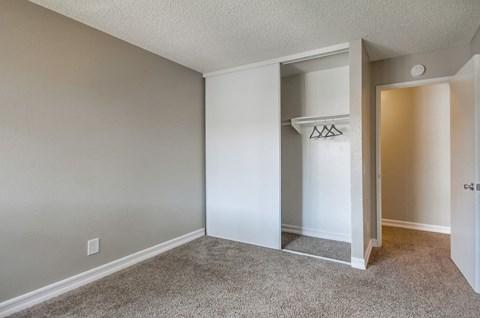 Las Ventanas Apartments Empty Apartment Bedroom & Closet