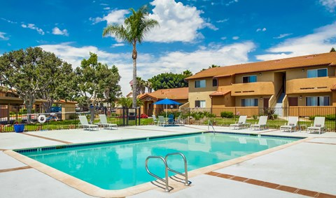 Las Ventanas Apartments Lifestyle - Pool