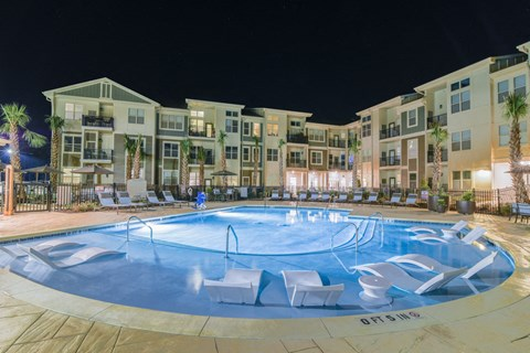 Swimming Pool And Relaxing Area at Meridian at Fairfield Park, Wilmington, NC, 28412
