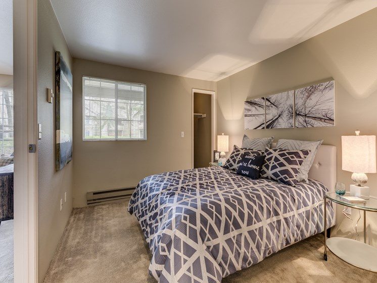 Live in cozy bedrooms With Modern lighting