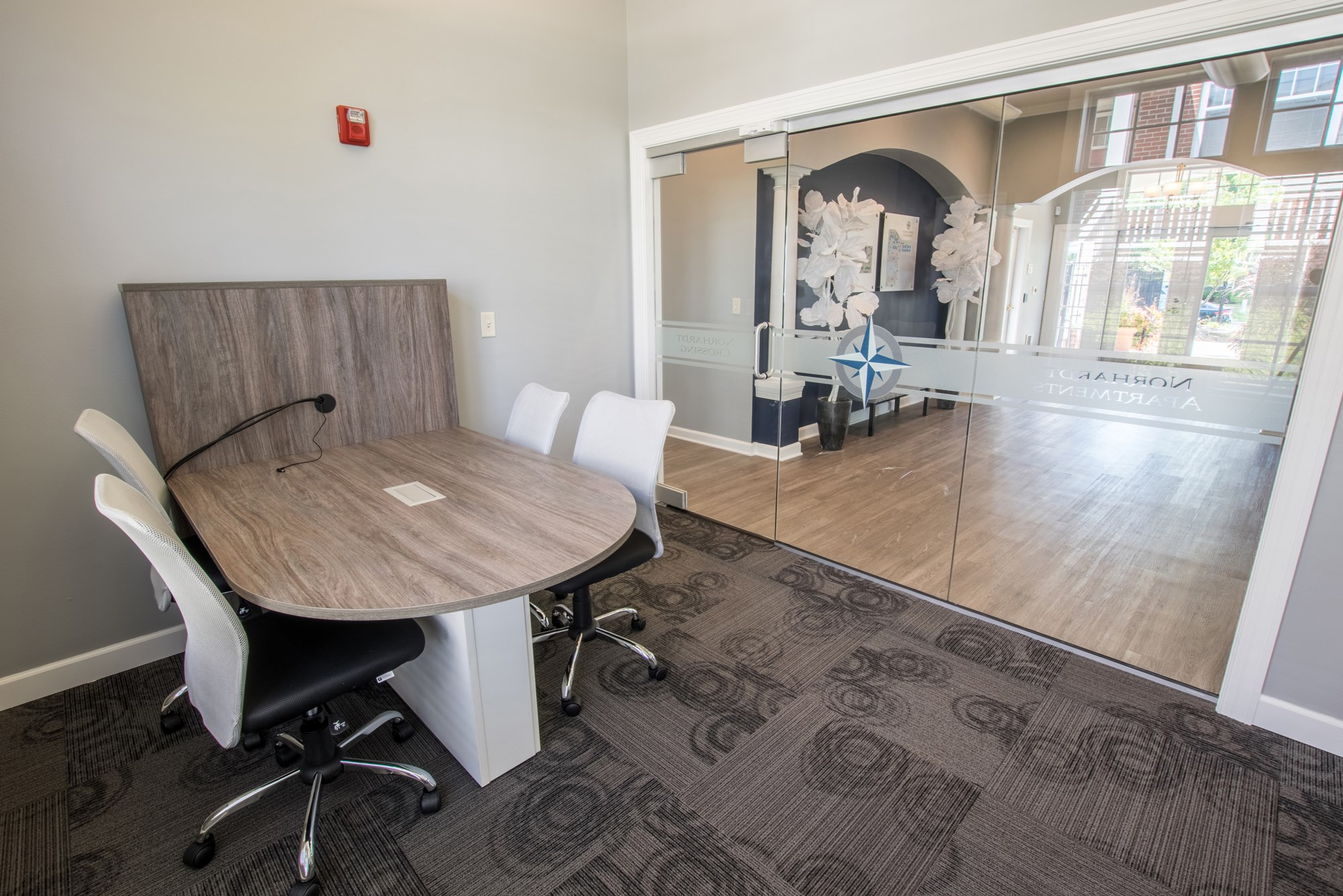 Business Center at Norhardt Crossing Apartments in Brookfield, WI