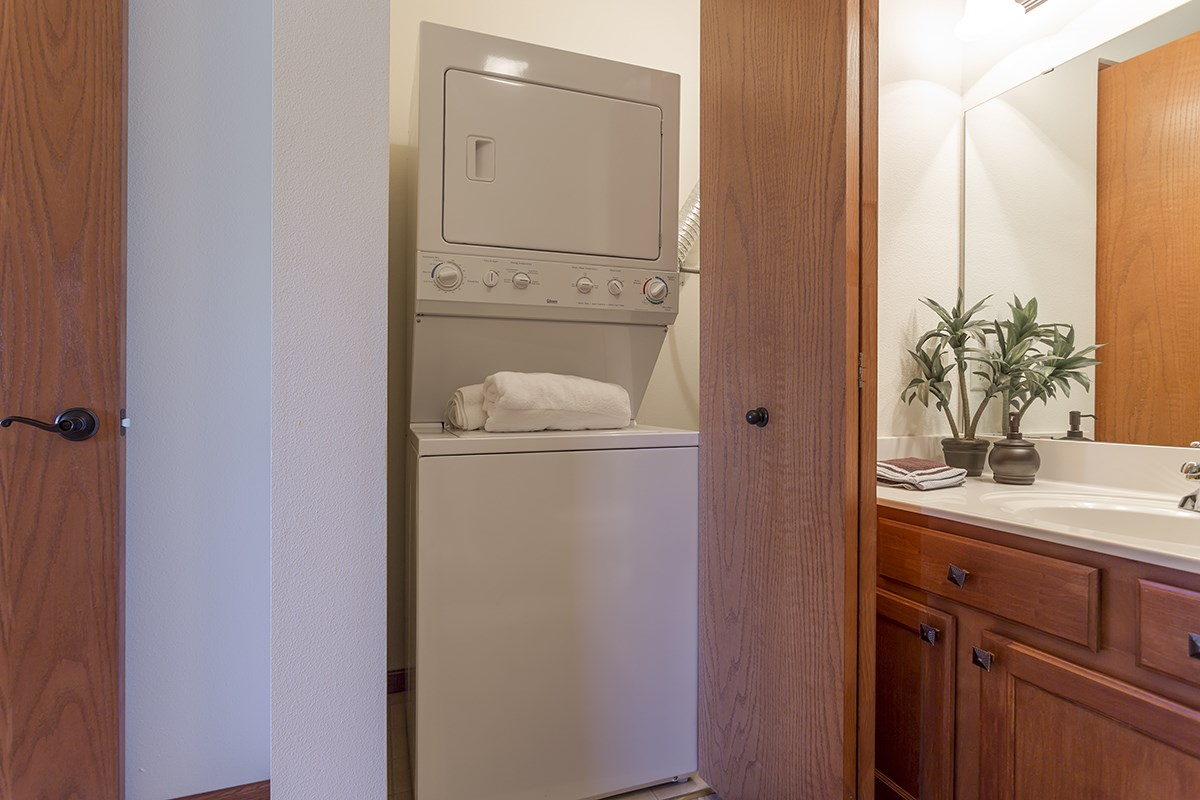 In-Unit Laundry at Norhardt Crossing Apartments in Brookfield, WI