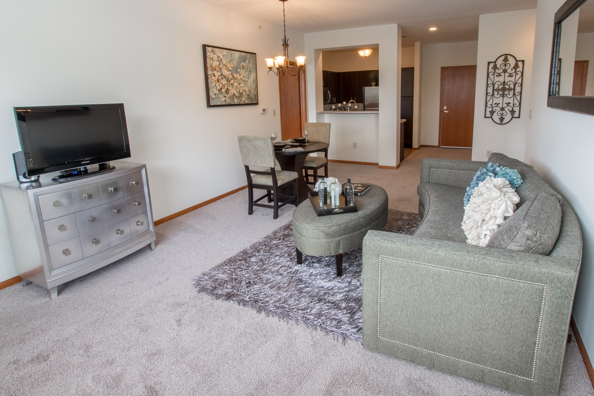 Living Room at Norhardt Crossing Apartments in Brookfield, WI