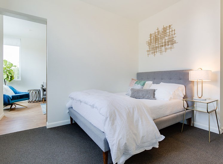 Beautiful Bright Bedroom at Watercooler, Boise, 83702
