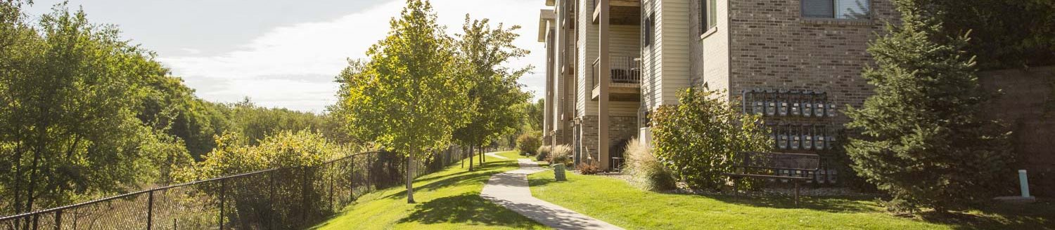 The Grand Legacy apartments and townhomes in West Omaha NE