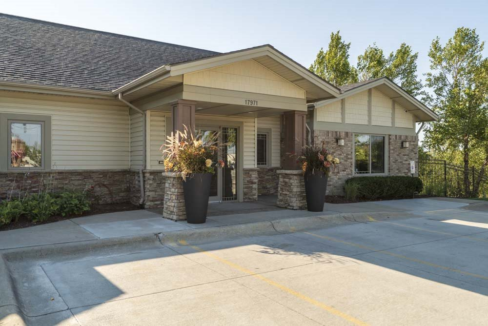 Clubhouse entrance  at Grand Legacy apartments and townhomes in west Omaha NE 68130