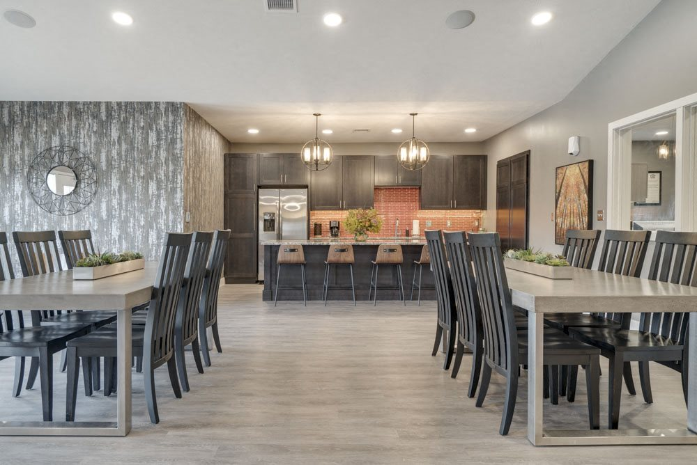 Seating and kitchen at Highland View Apartments in north Lincoln NE 68521