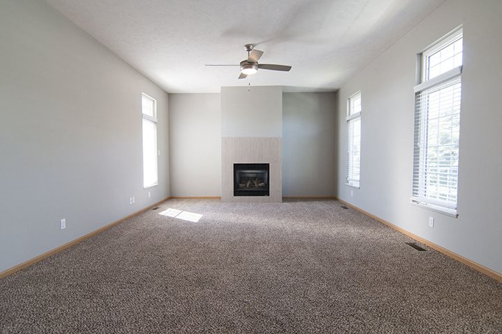 Large and bright living room at Cascade Pines Town-homes Lincoln Nebraska