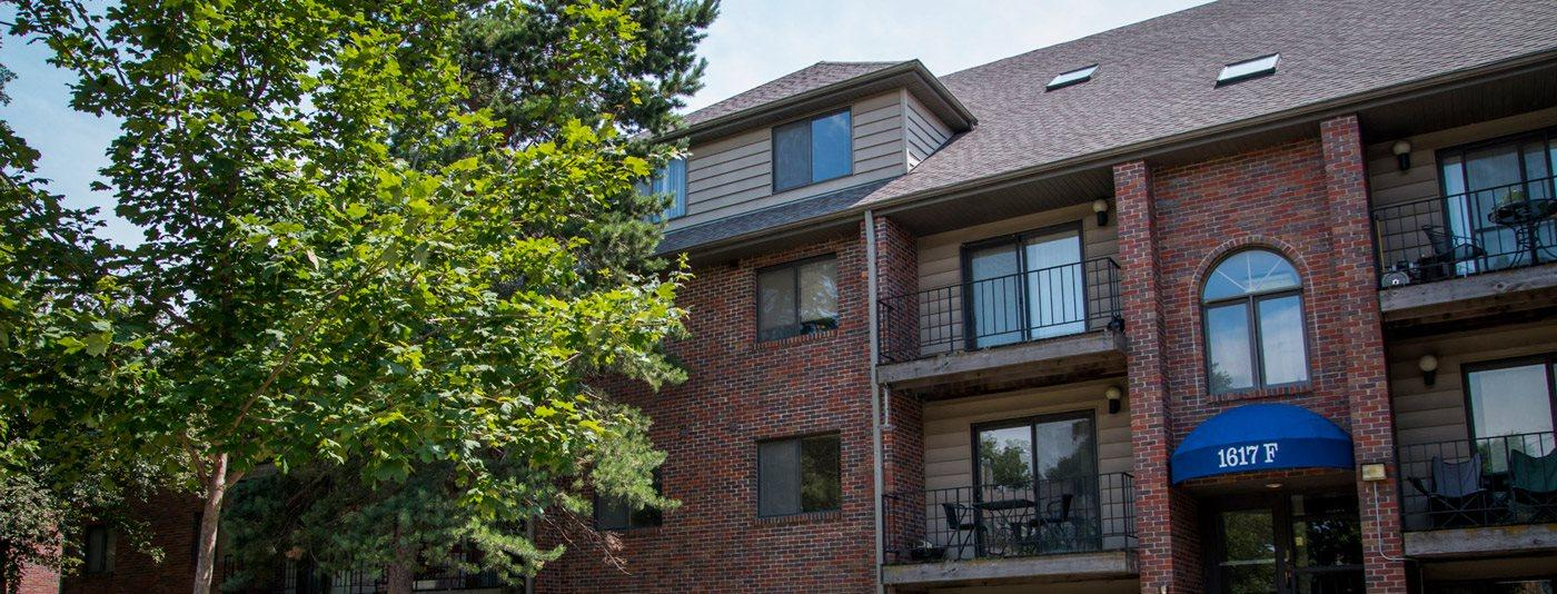 Affordable Packard House Apartments for rent in Lincoln NE