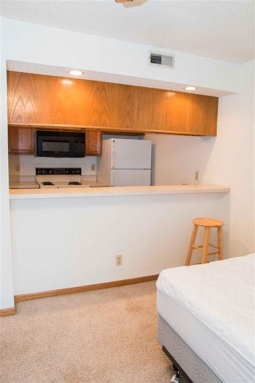 living space at Capitol View Apartments in Lincoln Nebraska