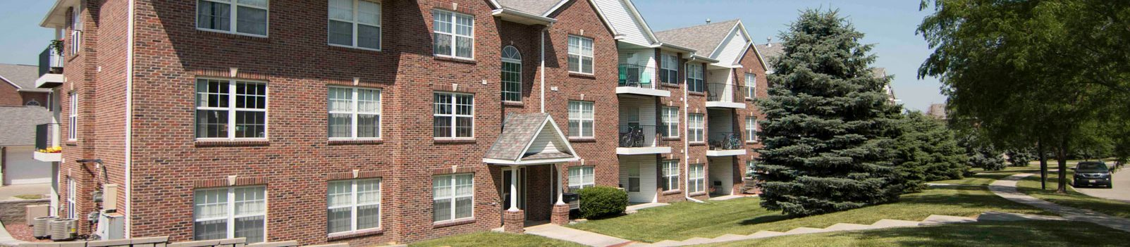 Williamsburg Park Apartments in Lincoln NE