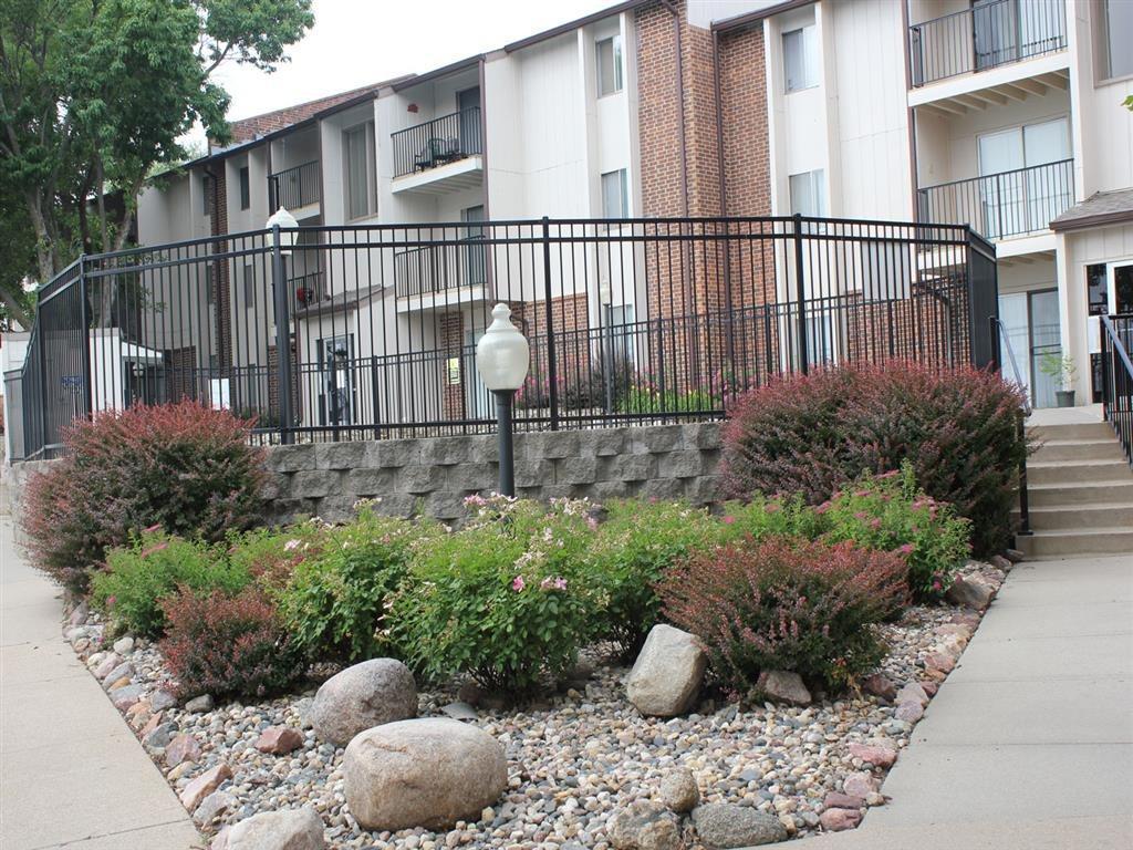 landscaping at Place 72 in Omaha Nebraska