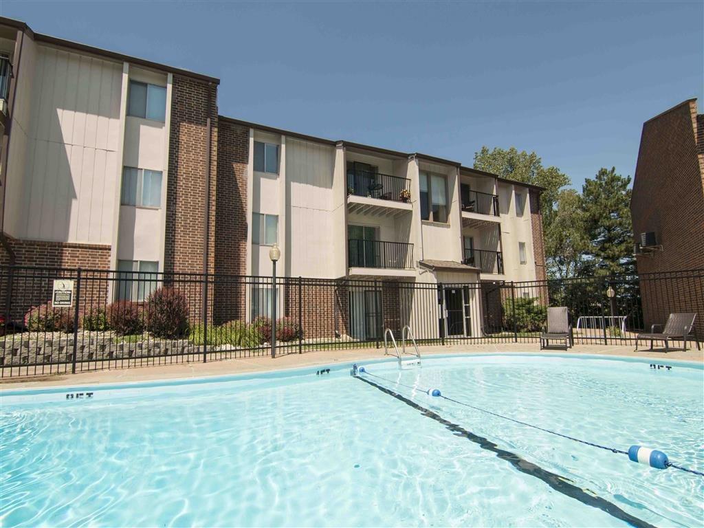 swimming pool at Place 72 in Omaha Nebraska