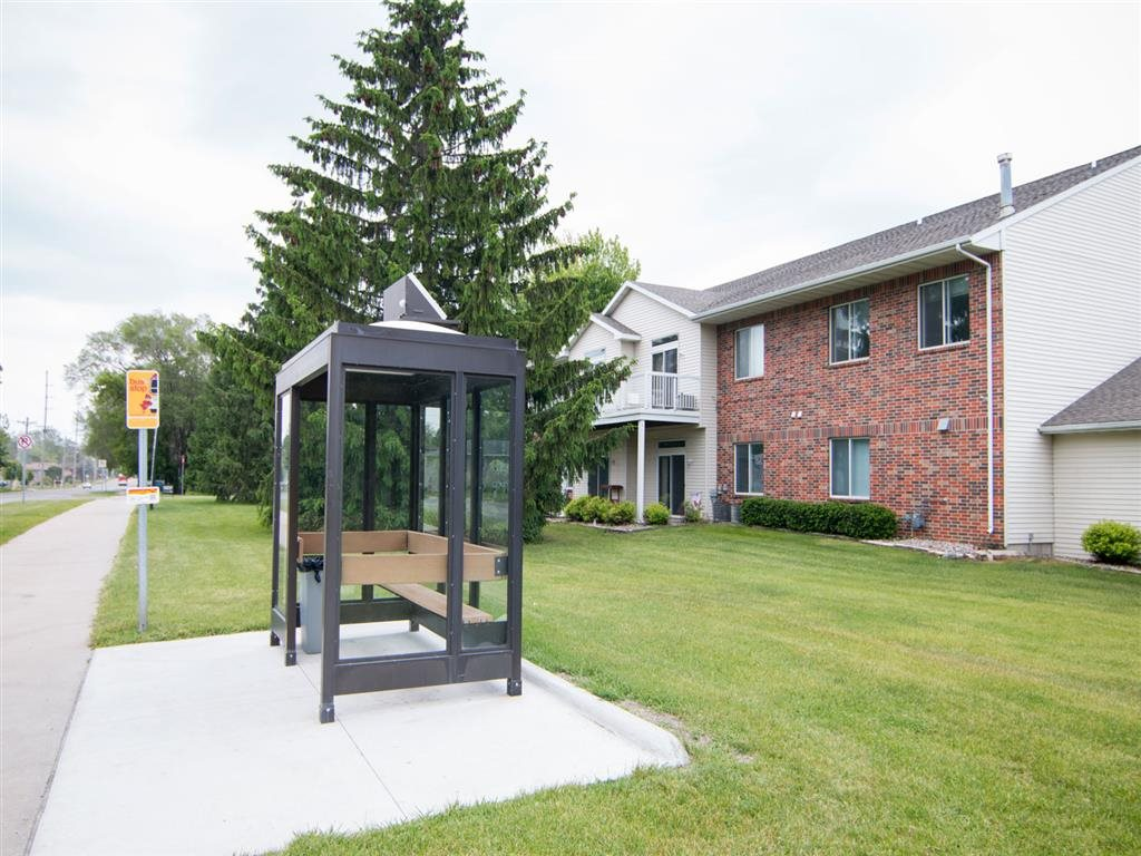 Apartments with CyRide bus stop Ames IA