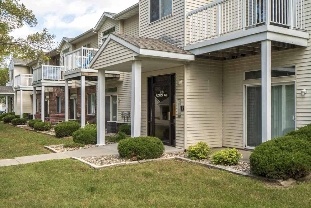 Controlled-access entryway into building at Wyndham Heights Apartments in west Ames, IA, near Iowa State 50014