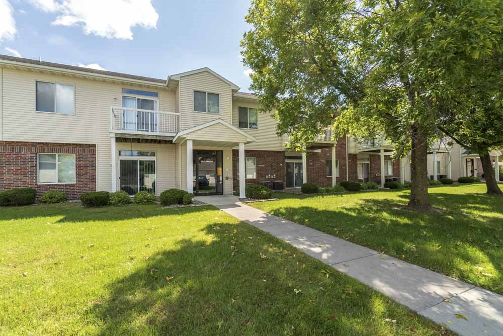 Balconies and patios are included at Wyndham Heights Apartments in west Ames, IA 50014