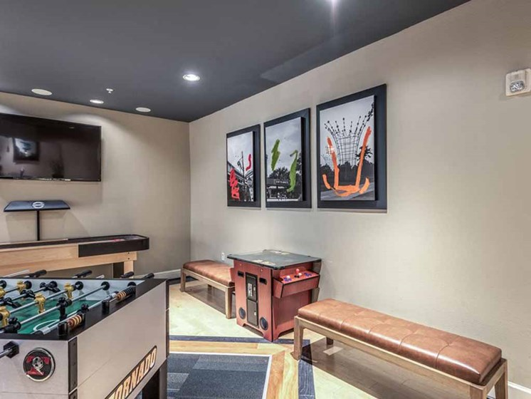 Contemporary Interior Design at The Circle at Hermann Park in Houston, Texas
