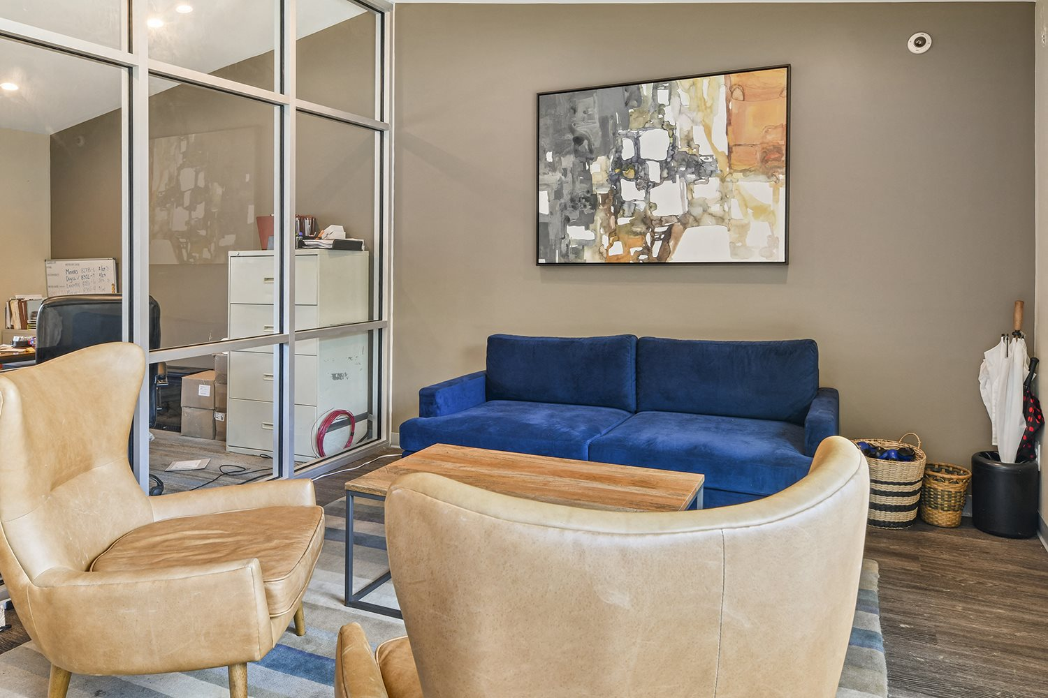 Comfy Sofa's With Artistic Painting at Heritage Hill Estates Apartments, Cincinnati, OH