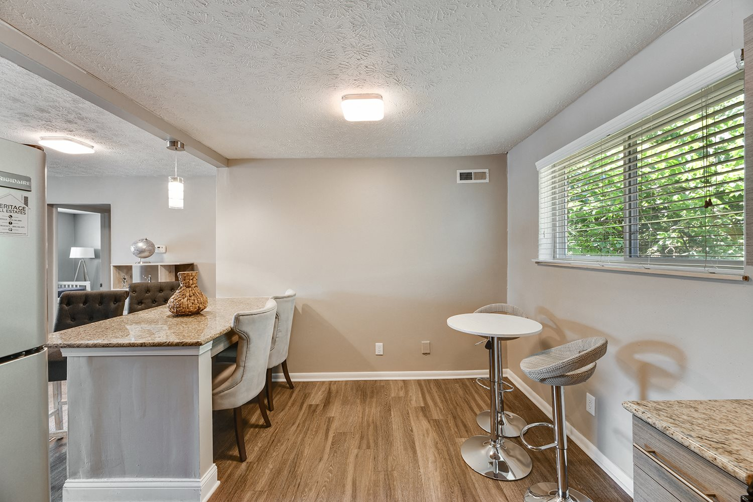 Gourmet Kitchen With Island at Heritage Hill Estates Apartments, Ohio, 45227