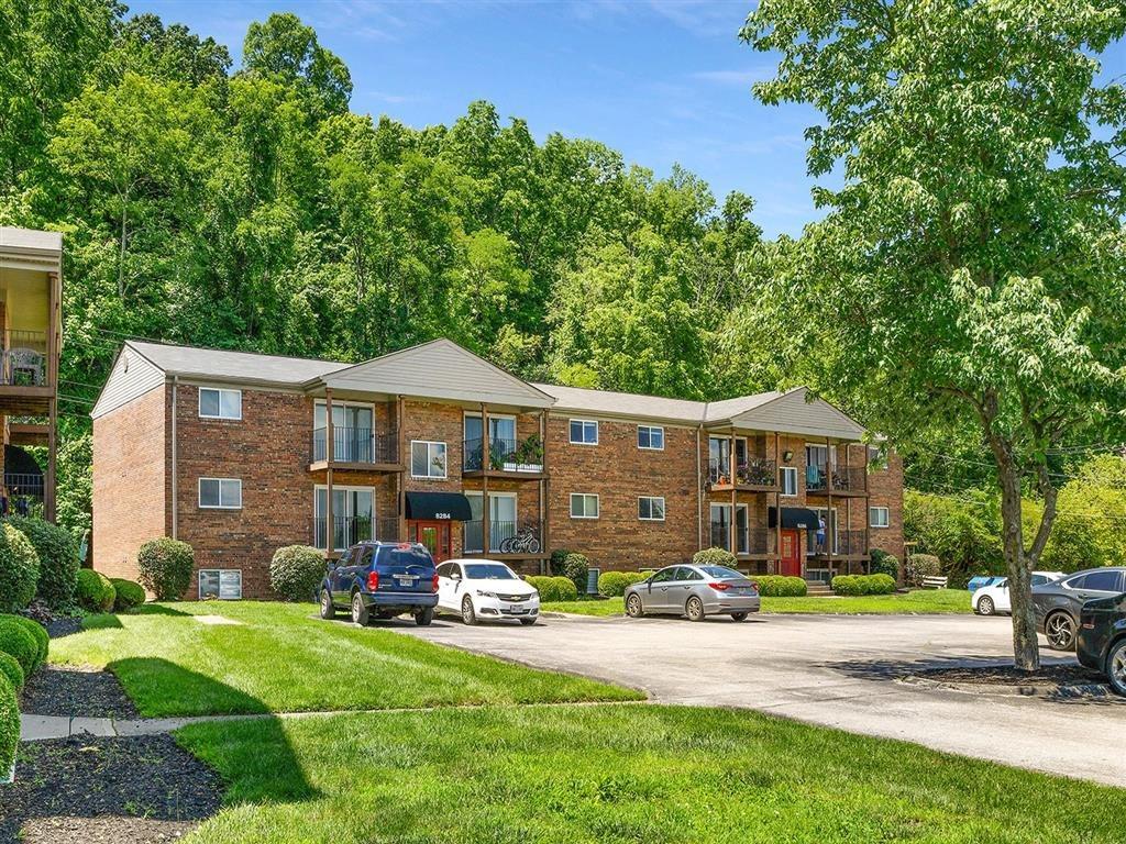 Property Exterior at Heritage Hill Estates Apartments, Ohio, 45227