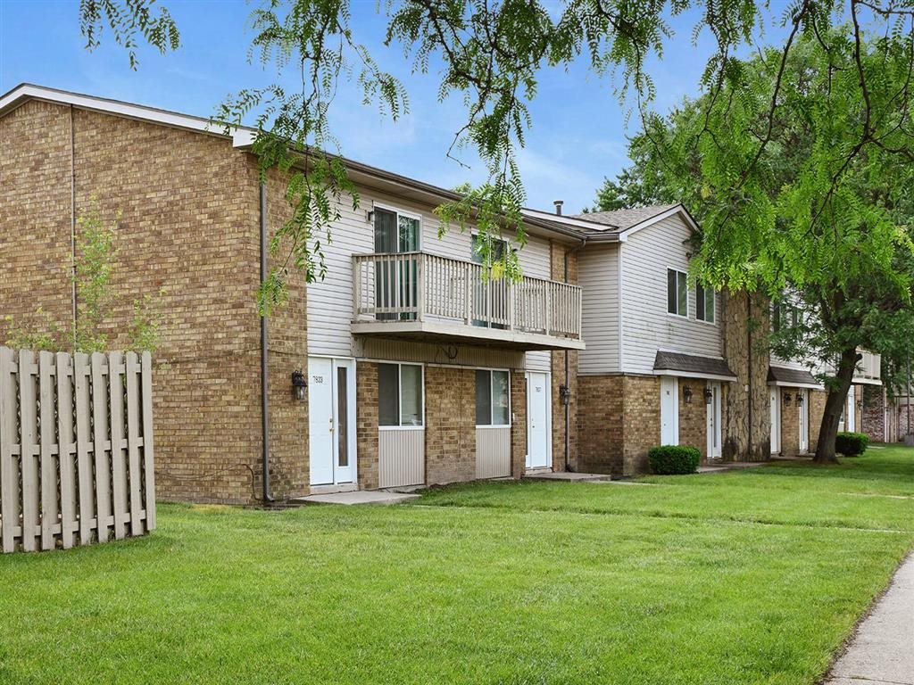 Green Outdoor Spaces at Westpark Townhomes, Indiana, 46214